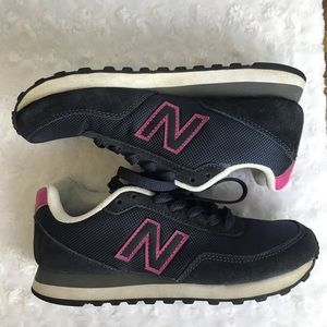 New balance tennis shoes 411 Navy Size 6